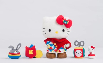 """10"""" tall Ultimate Game Master Hello Kitty with magnetic accesorries inlcuding the mini chess, magic dice and the two head accessories"""