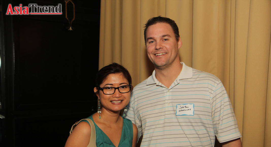 GOAABA Member, Amy Mai, and John Ball from Authentic- WEB, GOAABA's website designer and sponsor-in-kind