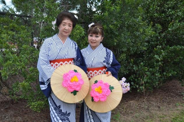 Mrs. Mihori and Ms. Harumi of Chitosekai